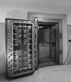 Bank Vault 06222017